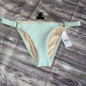 Bikini bottoms by la hearts in mint ☀️